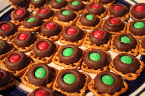 Holiday Pretzel Treats....my Pinterest Recipe.